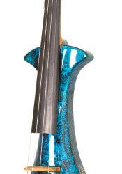 Beginnen met een elektrisch strijkinstrument… Verstandig?