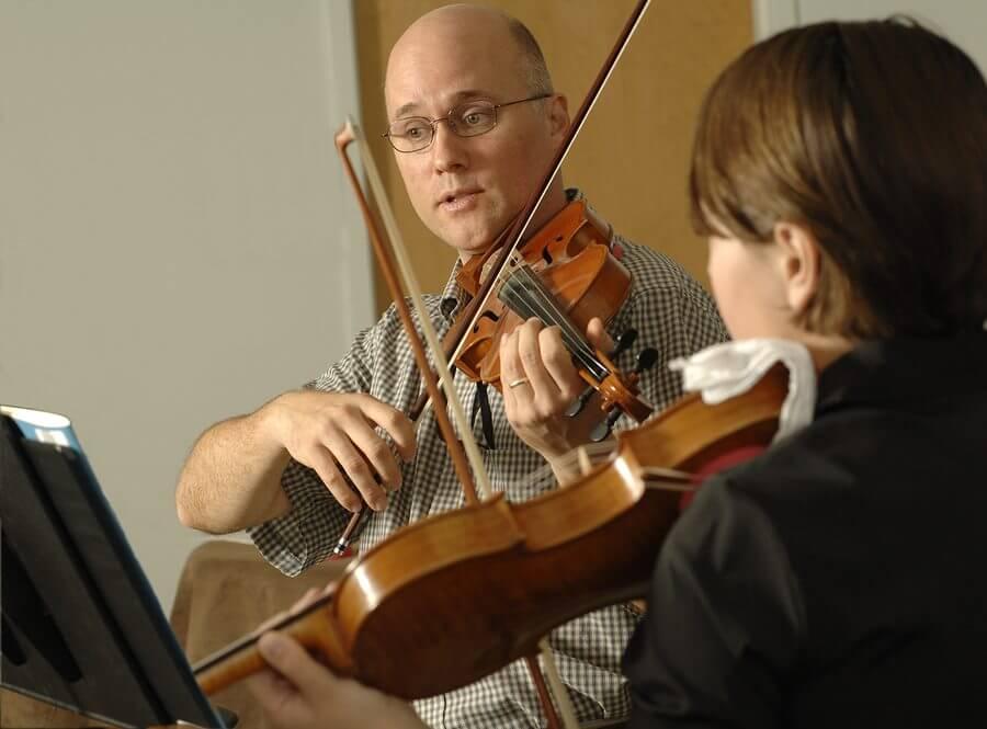 [Artikel] 5 Meest vage instructies uit je vioolles verhelderd