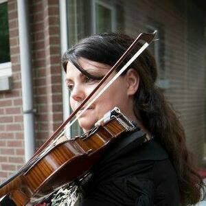 vioolles door viooldocent Tanja Keesom violiste